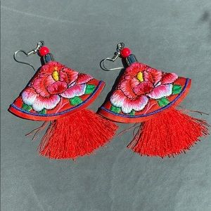 Artesanía mexicana earrings RED